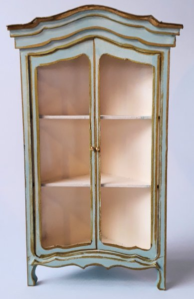 006 Corner armoire 1_12