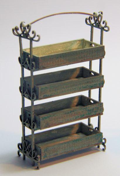 012 Storage rack with ornate frame 1_12