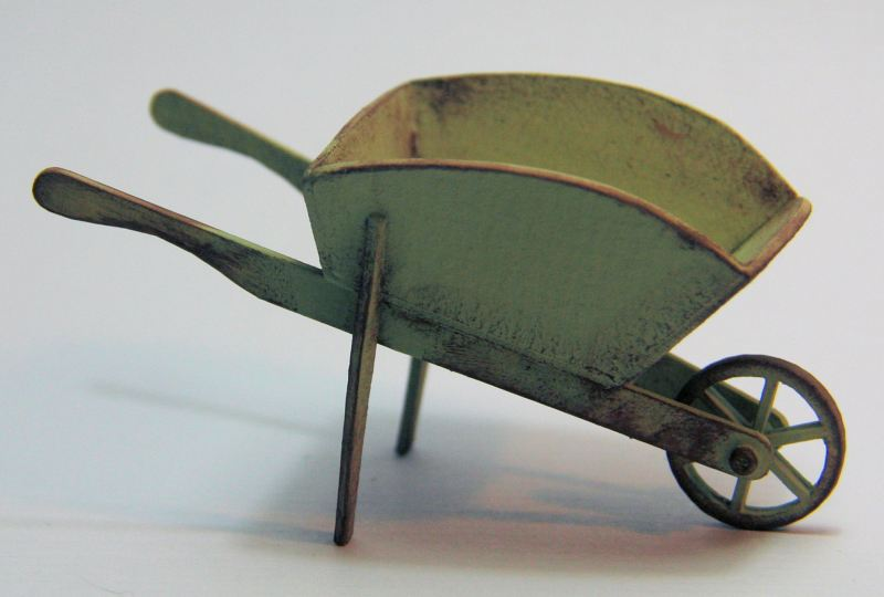 016 Vintage wheel barrow 1_12