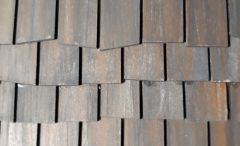 4016 1_144 Roof tiles wonky